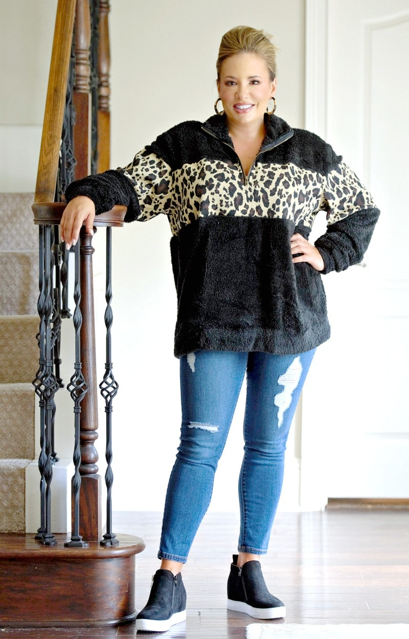 Load image into Gallery viewer, Hear Me Roar Leopard Print Pullover - Black