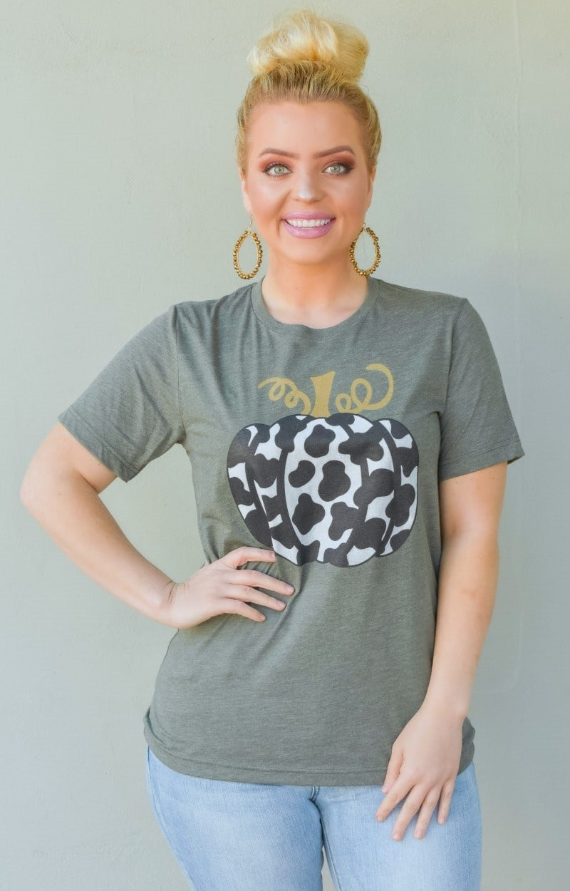 Load image into Gallery viewer, Rare Find Cow Print Pumpkin Graphic Tee