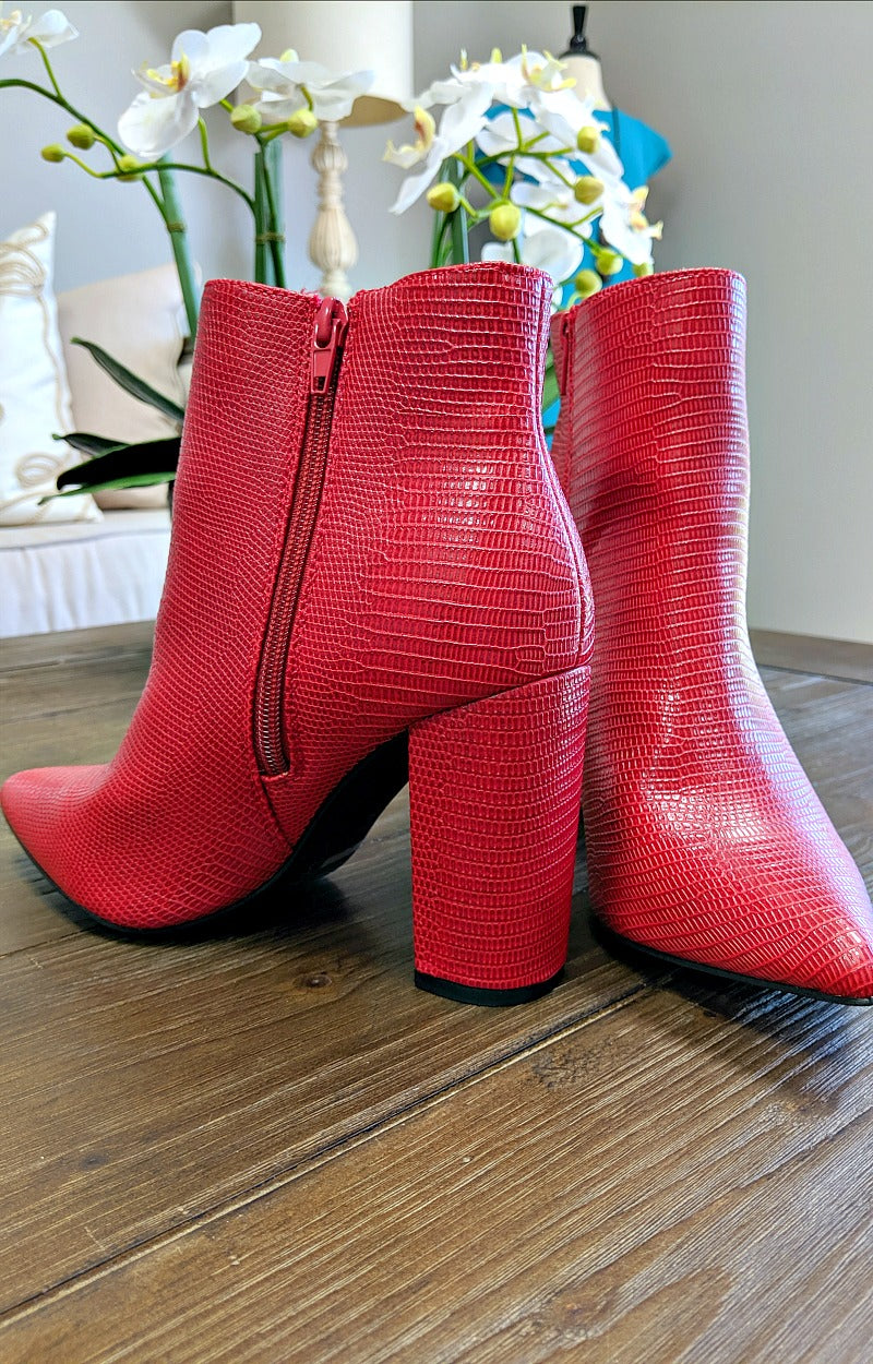 Trace Of Love Booties - Red