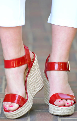 Keep On Calling Wedges - Red