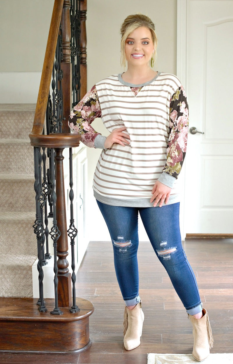 Great Lengths Print Top - Taupe