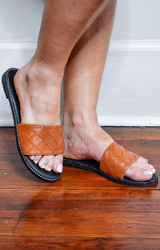 Tempting Ways Slides - Cognac