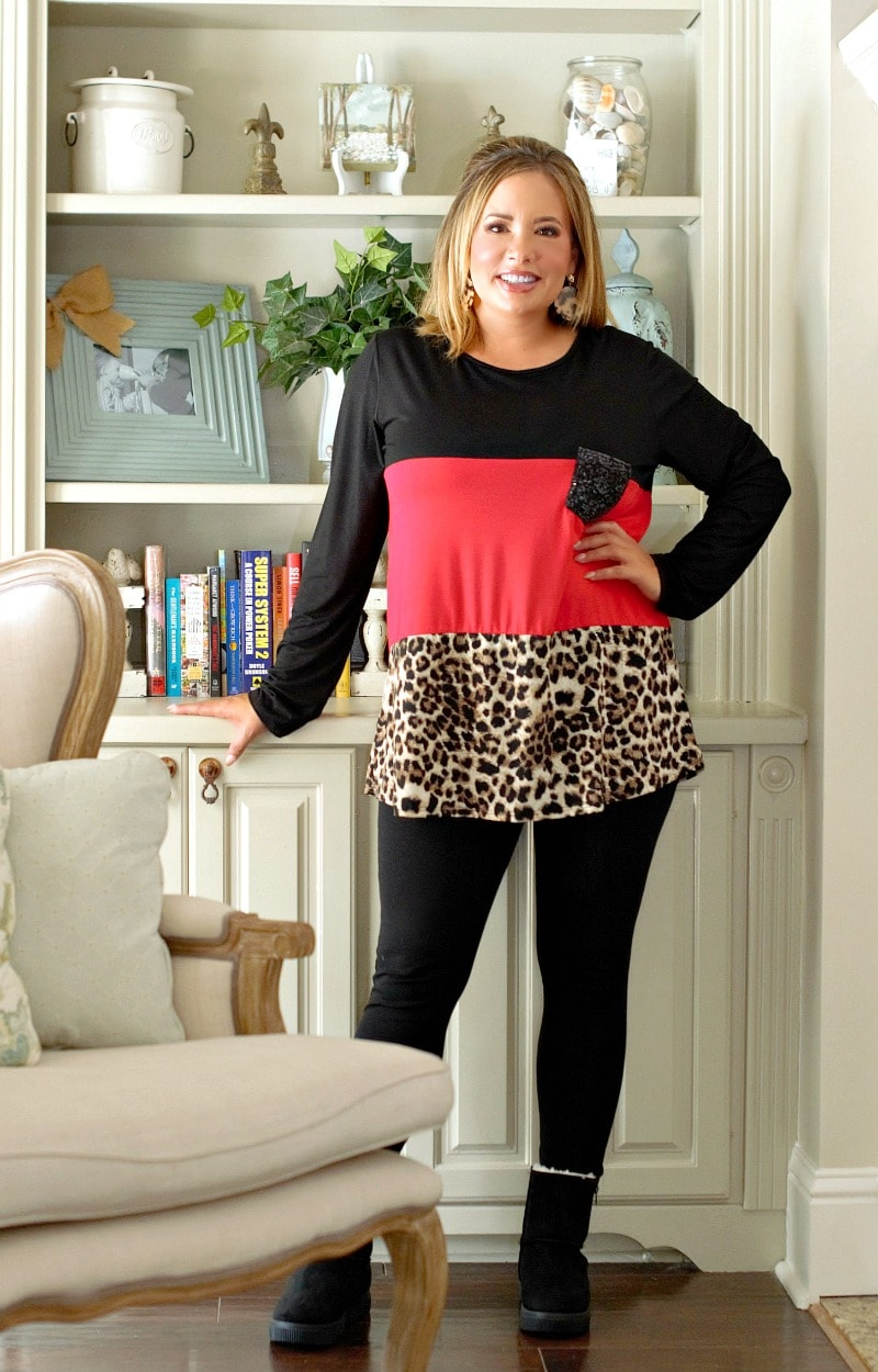 Looking For Fun Colorblock Top - Red/Black