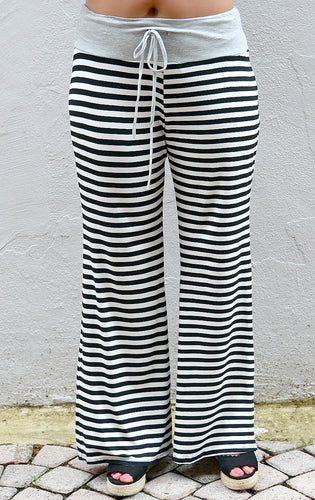 Tell Your Story Striped Pants - Black/White