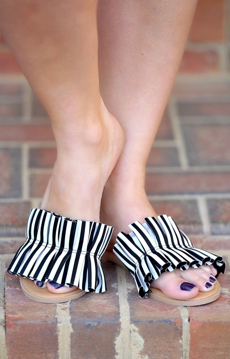 New Girl In Town Striped Sandal - Black/White