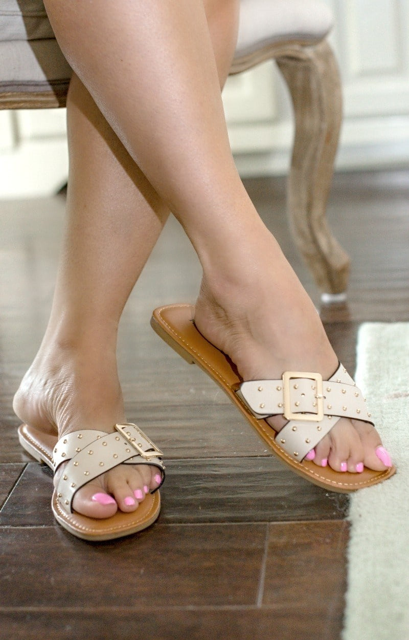 So Charming Slides - Nude