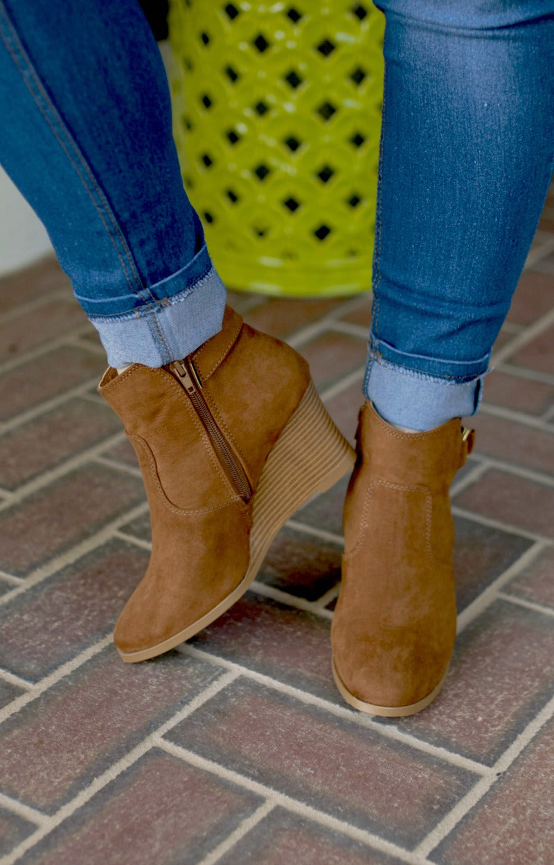 Load image into Gallery viewer, Put You Together Wedge Booties - Caramel Brown