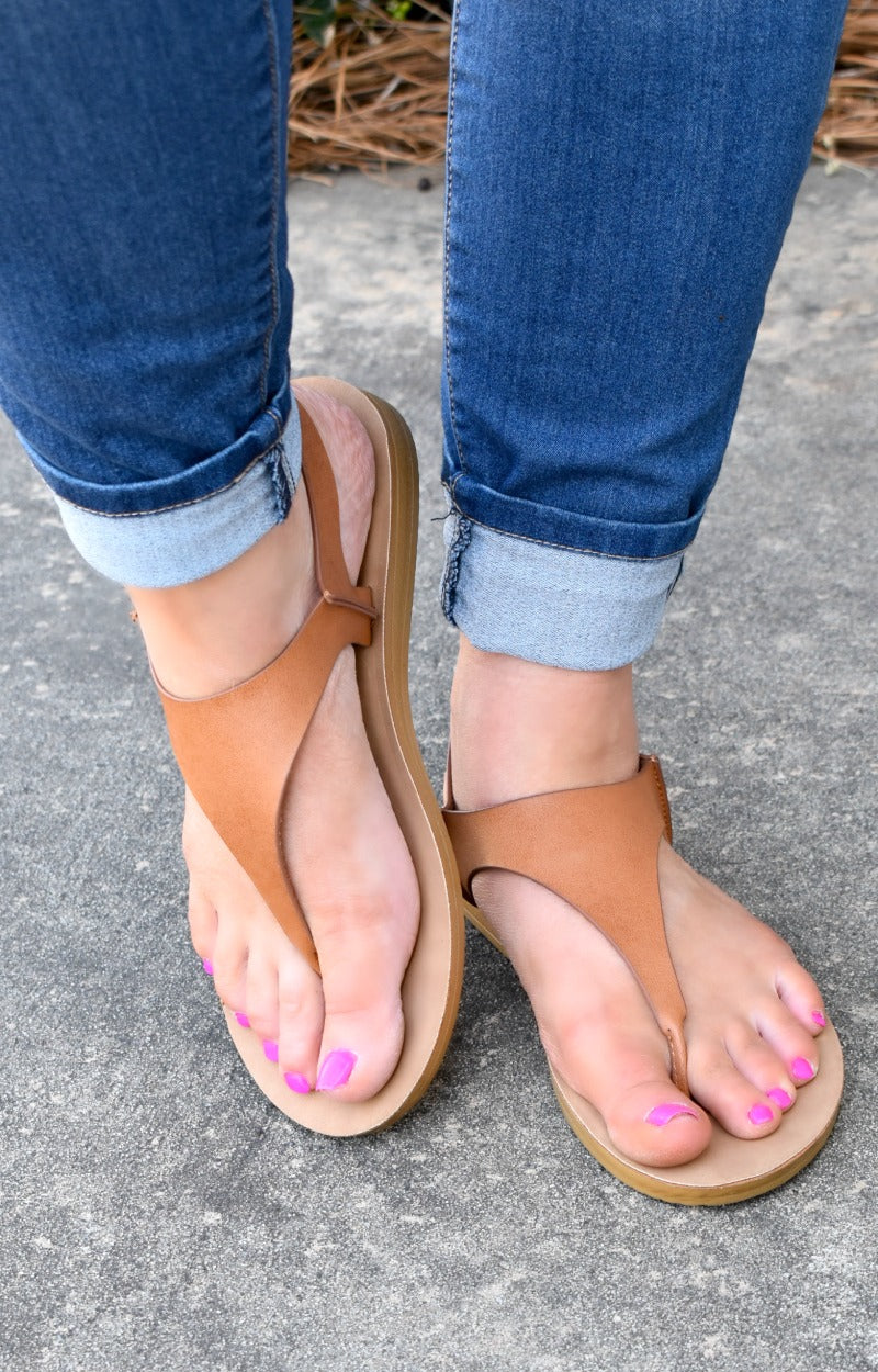 Load image into Gallery viewer, Walking Away Sandals - Camel