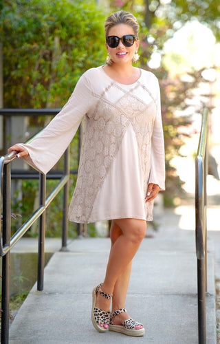 Just A Little Lace Dress - Mocha