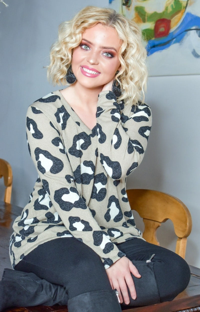 Load image into Gallery viewer, Spotted You From Afar Leopard Print Sweater - Taupe