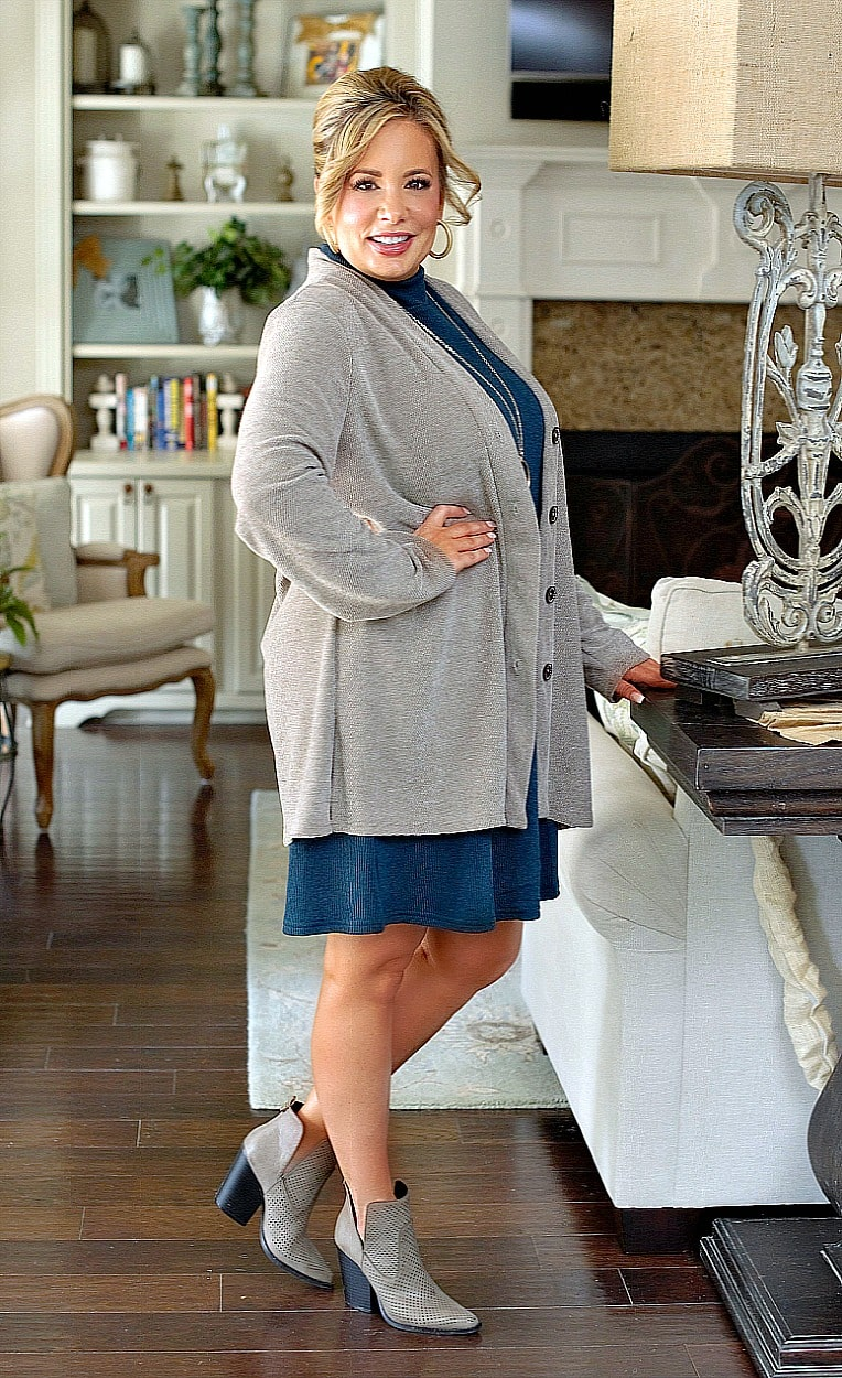 Load image into Gallery viewer, Fresh New Take Cardigan - Pewter