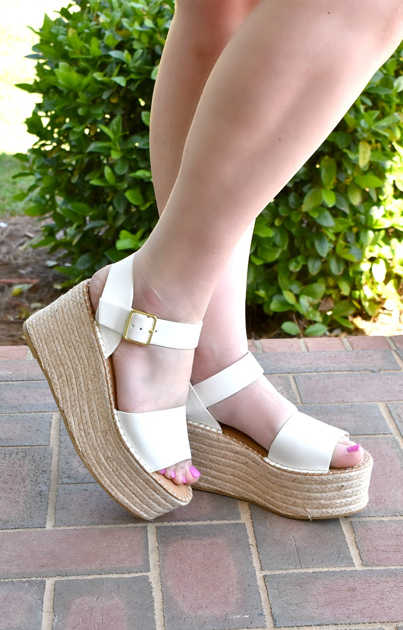 Keep It Casual Wedges - White