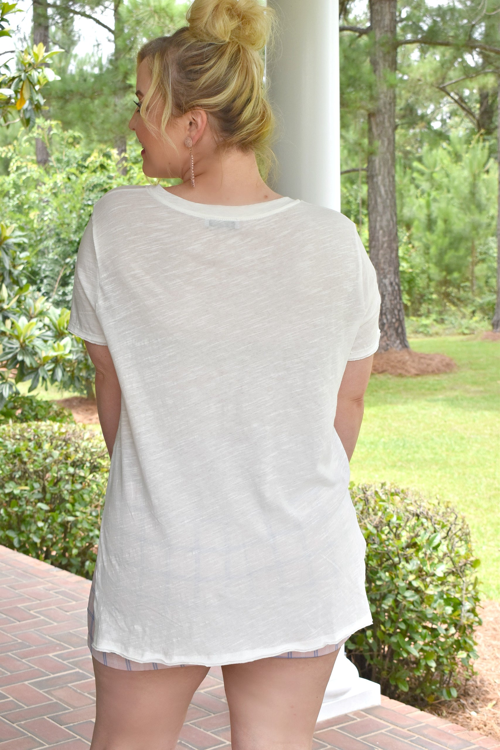 Load image into Gallery viewer, Lounging Around Pocket Tee - Ivory