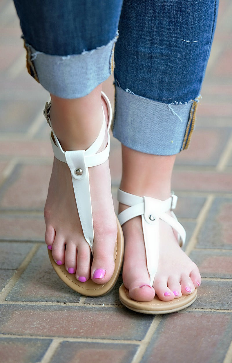 Load image into Gallery viewer, Pure Innocence Sandals - White