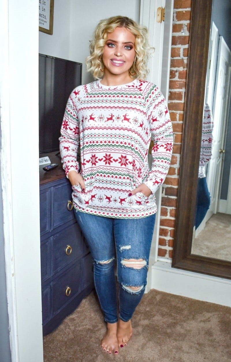 In The Holiday Mood Print Pullover