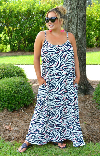 Stop And Stare Print Maxi Dress - Navy/Pink