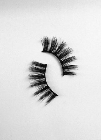 Ikonik Lash Collection
