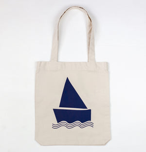 Easy boat, by Groovink, on a heavy and recycled tote bag