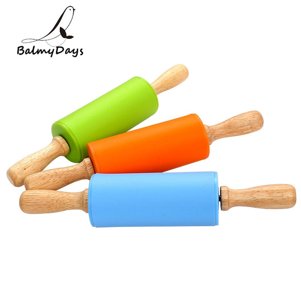 Bakeware Non-Stick Silicone Rolling Pin Small Wood Handle Rolling Pin Pastry Stick Dough Roller Baking Kitchen Accessories 23CM
