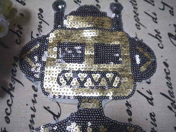 Robot Alien Patches Sequined Patches Iron On Patches For Clothes Stickers Sew On Applique Fabric Stranger Decoration 2018 1pcs