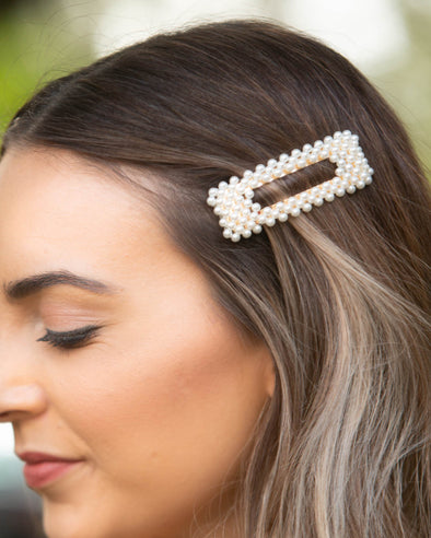 Pretty In Pearls Hair Clip
