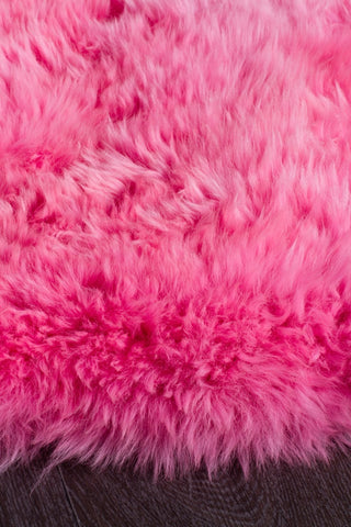 Kia New Zealand Pink Sheep Skin Rug