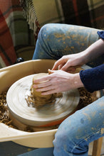 Load image into Gallery viewer, September 3 Week Wheel Throwing and Handbuilding Course