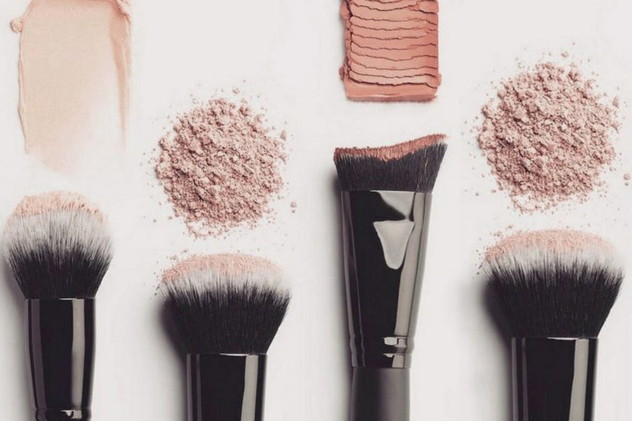 MAKEUP BRUSHES - What's the difference between real hair and faux?