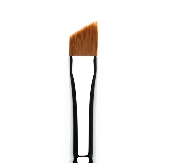 207 WINGED LINER BRUSH - TheBeautyMark