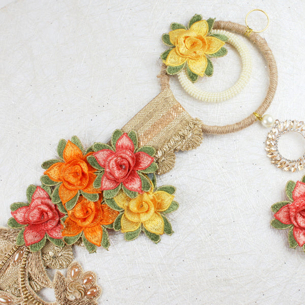 Floral Lace on Jute Toran