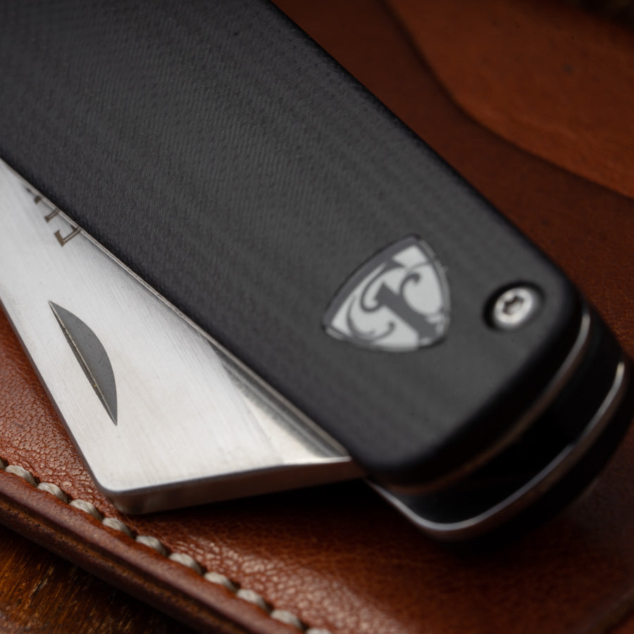 Runtly pocket knife detail