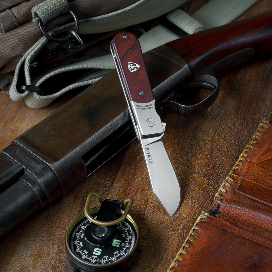 Pocket knife with wood handle