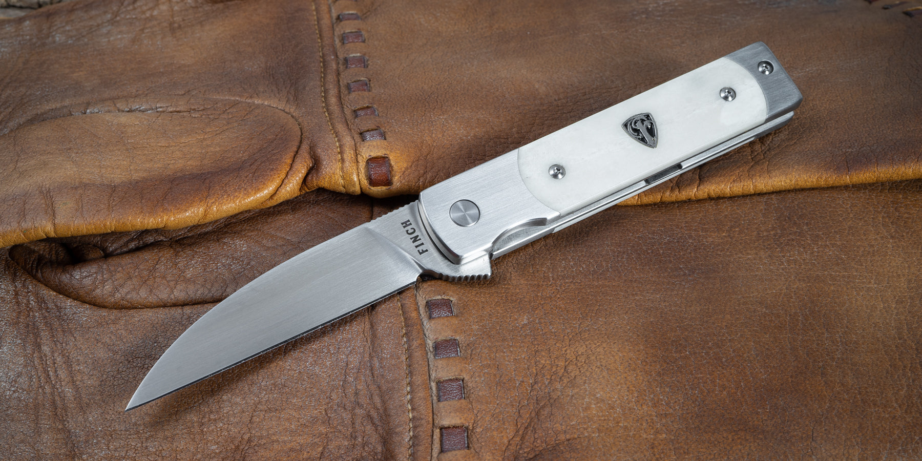 Holliday - A Unique Pocket Knife from Finch Knife Company