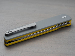 Finch Cimarron pocket knife in gray and yellow with titanium clip