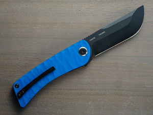 Tikuna pocket knife in blue with black blade and clip