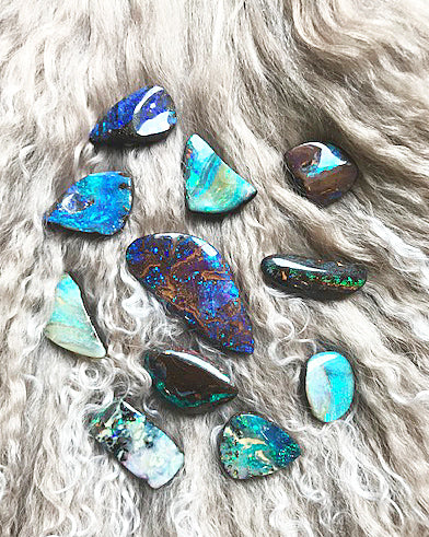 Different Opal Types Cluster