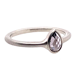 Bezel-set Purple Pear Shaped Sapphire in White Gold Ring