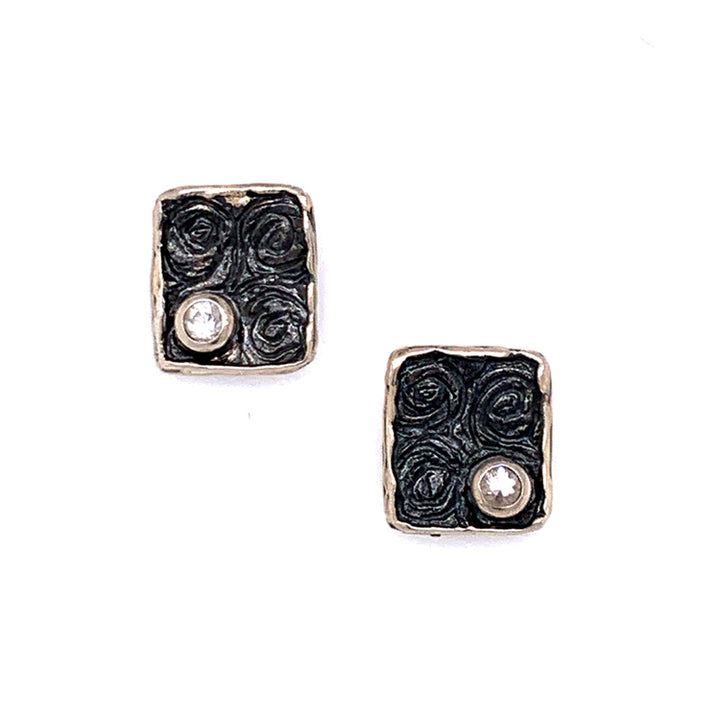 The Cosmos Stud Earrings