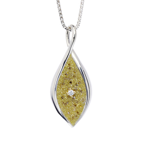 Galatea diamond pendant with yellow lab-grown diamonds