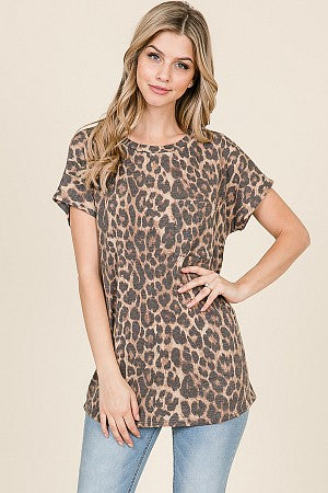 Lauren - Leopard Print Short Sleeve Pocket Top