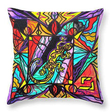 Load image into Gallery viewer, Lizard - Throw Pillow