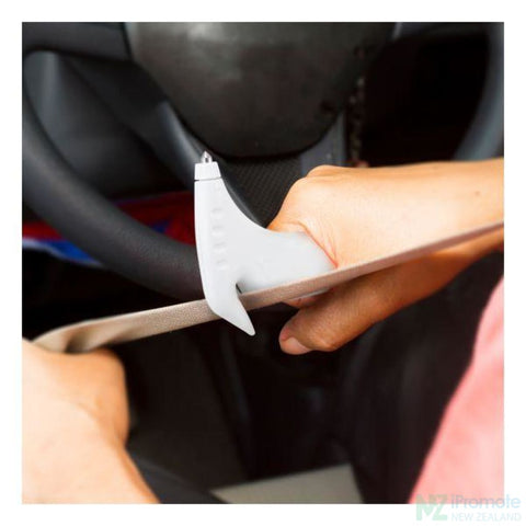 Image of Auto Safety Tool