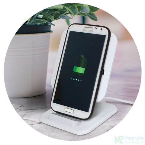Image of Phaser Square Wireless Charging Stand Chargers