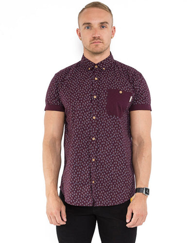BURGUNDY PAISLEY SHORT SLEEVE SHIRT