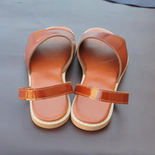 Load image into Gallery viewer, Handcrafted Genuine Leather sandals, Made in full-grain Bovine uppers  Lined with breathable Napa leather lining & are 3mm latex padding on footbed wrapped  Proudly made in south Africa , Brown leather sandals.