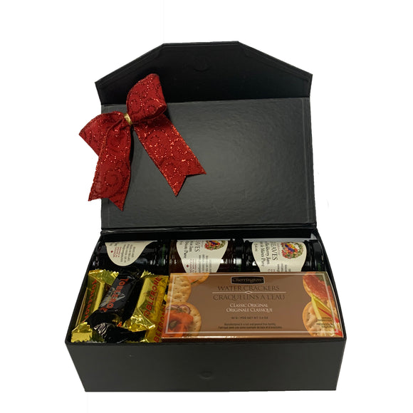 Gourmet Holiday Snack Box 25