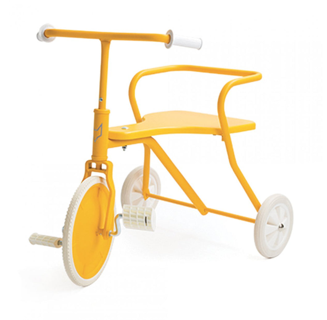 Tricycle en métal Jaune