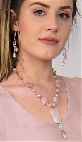 Elegant Semi Precious Rose Quartz Necklace