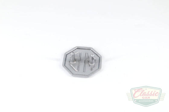 badge-MG-front1_S3WP3T6LP30Y.jpg