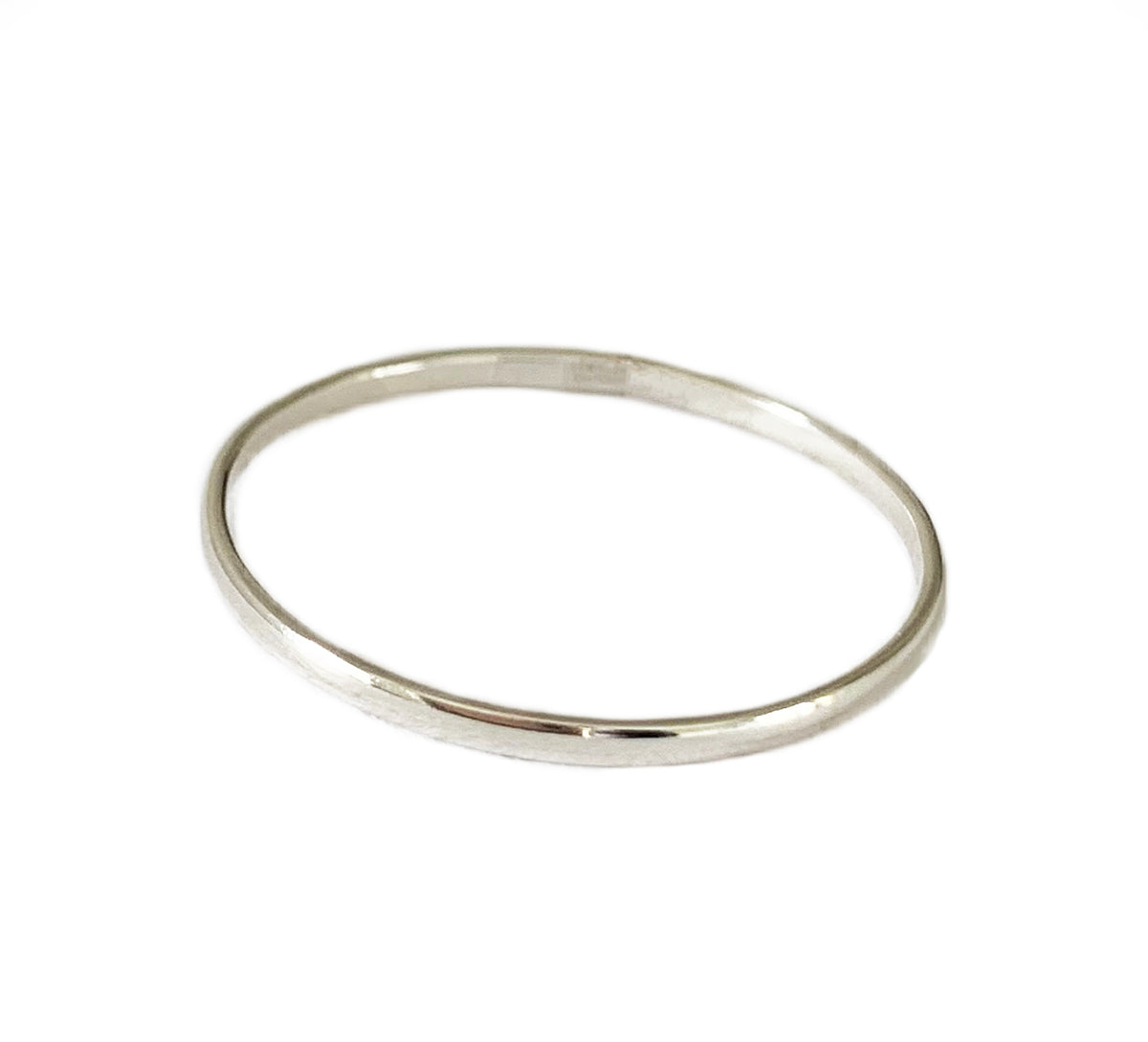 A unisex 1mm Sterling Thumb Ring